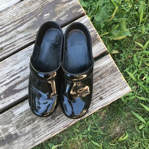 Dansko Shoes | Shiny Black Nursing